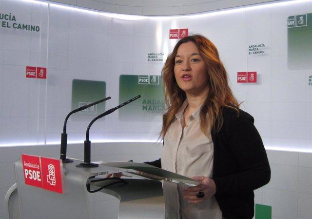 Verónica Pérez, en una rueda de prensa en Sevilla
