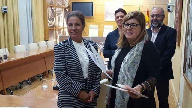 Pilar Blanco-Morales y María Victoria Domínguez