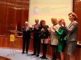 """Dolors Montserrat, el """"acento catalán"""" de este Gobierno, buscará un gran pacto de Estado contra la violencia de género"""