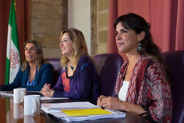 Las tres candidatas en el debate