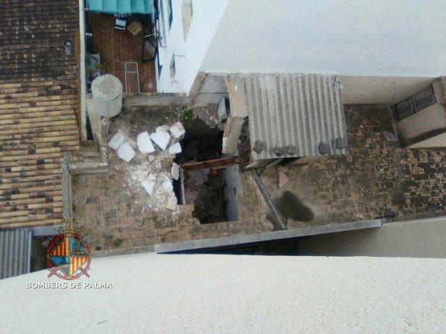 Derrumbe de un edificio abandonado en Palma
