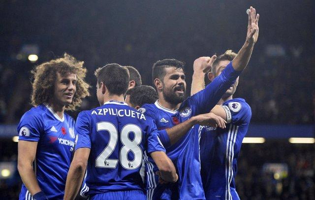 El Chelsea toma el mando con el empate del City ante el 'Boro' de Karanka