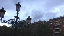 Decenas de miles de personas se movilizan en contra de la fusión hospitalaria en Granada