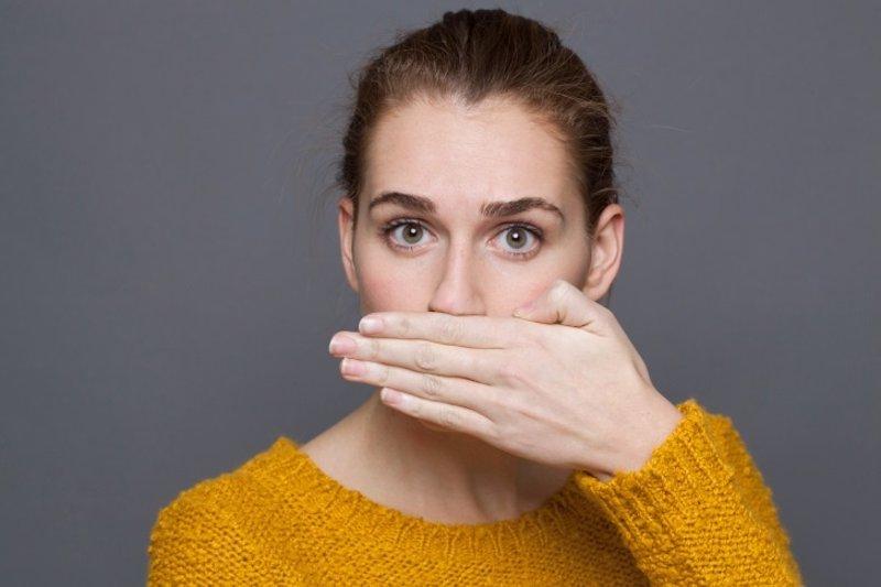 Halitosis, un mal olor con más de 80 posibles causas