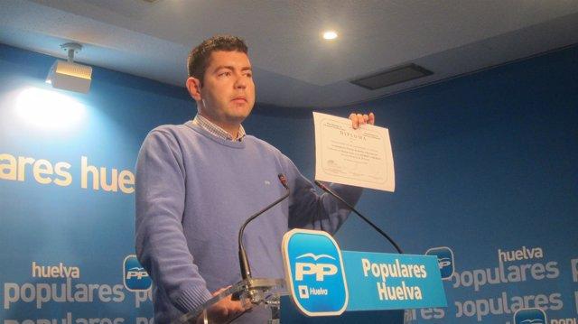 Manuel Cayuela.