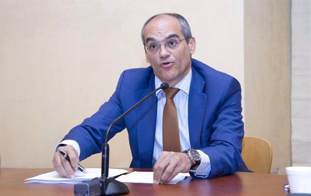 Consejero de Educación de la Comunidad de Madrid, Rafael Van Grieken