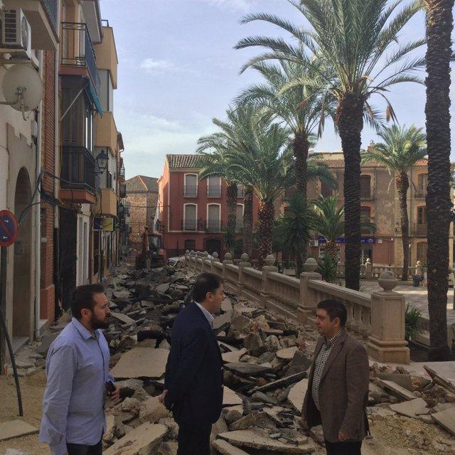 Nota Y Fotos Sobre La Visita De Francisco Reyes A Actuaciones De La Diputación E
