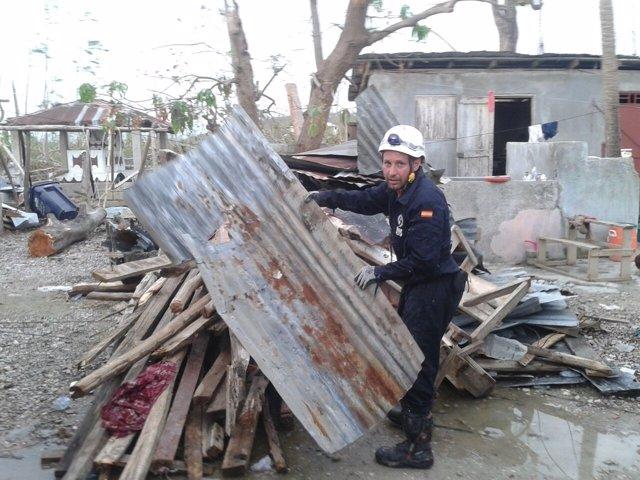 NOTA Y FOTOS Bombero Haití