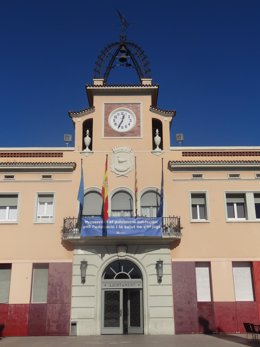 Fachada del Ayuntamiento de Santa Coloma de Gramenet