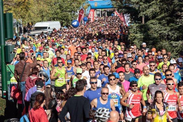 Salida de la Medio Maratón de Granada