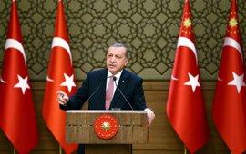 """Erdogan acusa a los parlamentarios del HDP detenidos de """"comportarse como terroristas"""""""