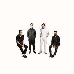La banda Delorean actúa esta semana en A Coruña y Pontevedra