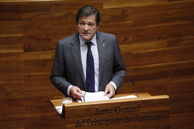Javier Fernández. En el debate de Orientación Política.