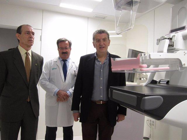 Celaya ha visitado este lunes el Centro de Especialidades de San José