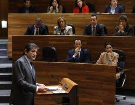 """Fernández reprocha a Rajoy su """"desinterés"""" hacia las necesidades de Asturias"""