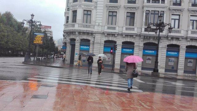 Lluvia en Oviedo, lluvia, temporal, frío, invierno, otoño