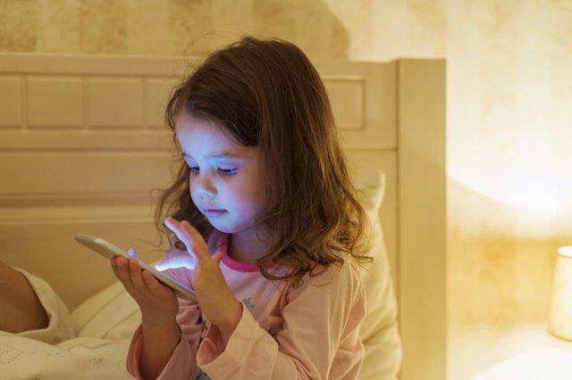 La tablet es una enemiga del descanso en los niños