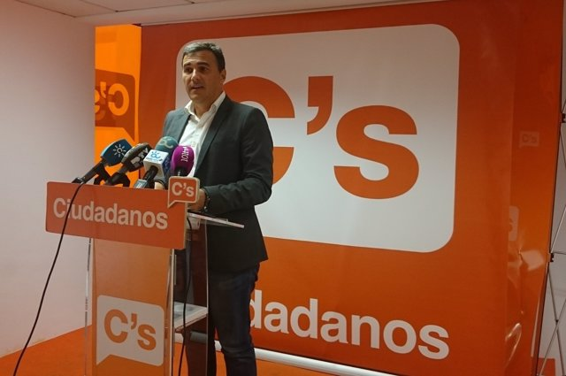 El parlamentario andaluz de C's Carlos Hernández