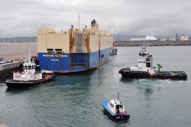 Salida del Modern Express del Puerto de Bilbao