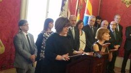 Huertas, la presidenta del Parlament que pidió suprimir el cóctel del Rey y criticó la subida de sueldo de los diputados