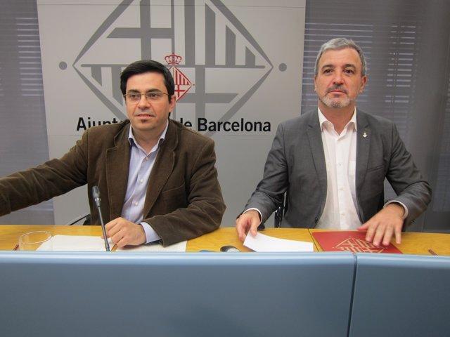 El primer teniente de alcalde de Barcelona,G.Pisarello, y el segundo, J.Collboni