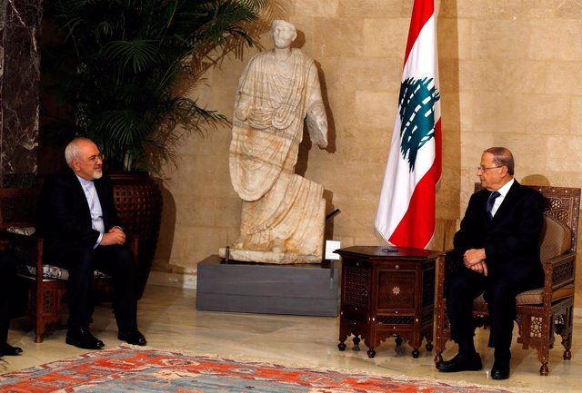 Michel Aoun y Mohammad Javad Zarif en Beirut