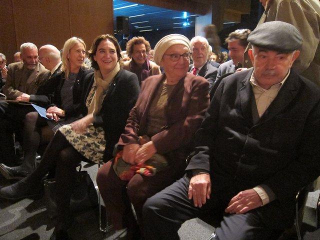 La consellera N.Munté, la alcaldesa Ada Colau y el expresidente Pasqual Maragall