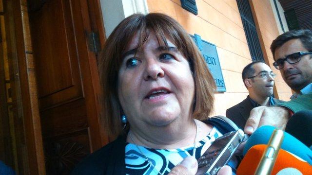 Xelo Huertas, a la entrada del Parlament