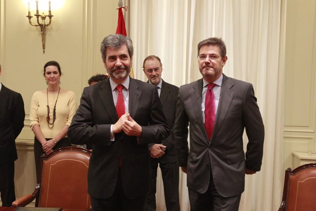 Carlos Lesmes y Rafael Catalá firman un convenio sobre actividades formativas