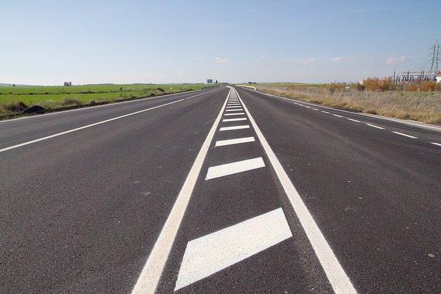 Una carretera de la provincia