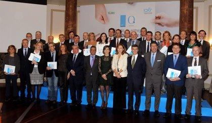 La Fundación IDIS entrega la 'Acreditación QH' a 21 organizaciones sanitarias