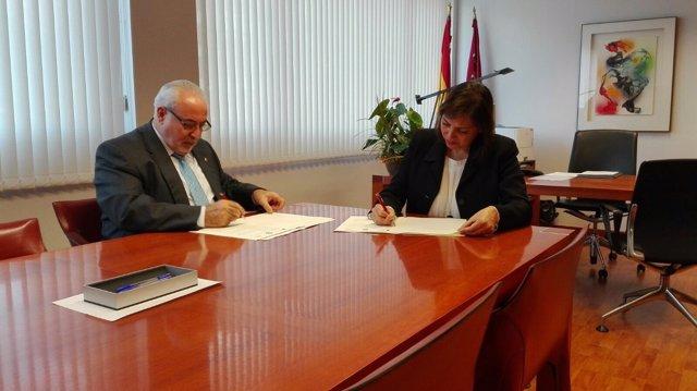 Mendoza y Guillén firman el acuerdo