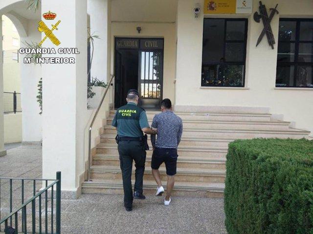Uno de los detenidos acusado de una violación en la provincia de Alicante