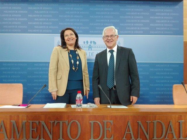 Carmen Crespo y José Antonio Miranda, hoy en rueda de prensa