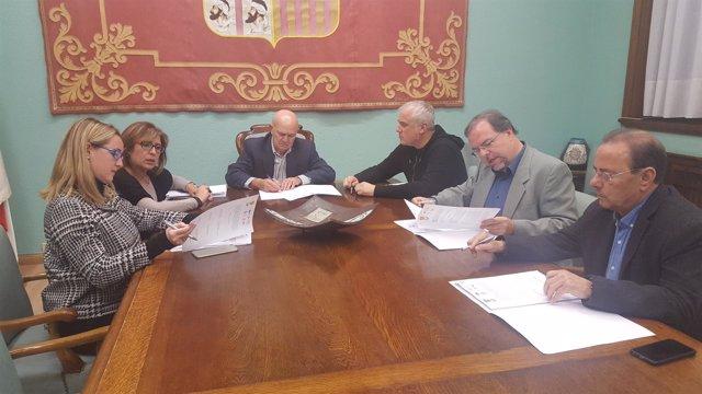 Ndp. Los Seis Grupos Políticos De La Diputación De Zaragoza Impulsan Una Moción