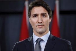 """Trudeau felicita a Trump y espera trabajar """"estrechamente"""" con él"""