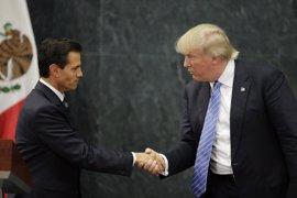 """Peña Nieto expresa a Trump su voluntad de """"trabajar juntos"""""""