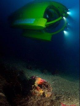 Localizan un barco romano a 40 metros en el Baix Empordà