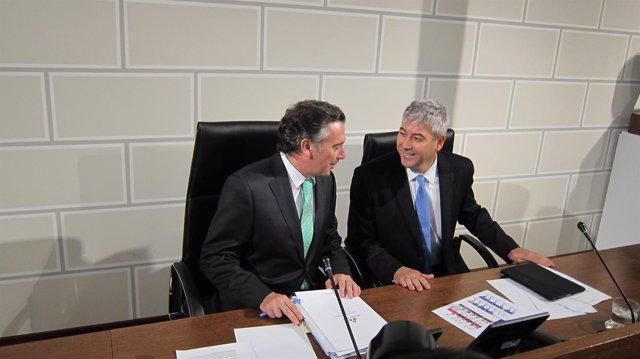 Luis María Beamonte y Francisco Javier Artajona, en el pleno de la DPZ