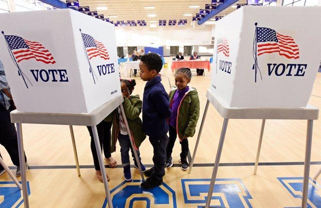 Urnas en las elecciones de Estados Unidos