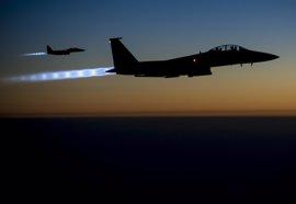 Al menos 64 civiles muertos por ataques de EEUU contra Estado Islámico en el último año