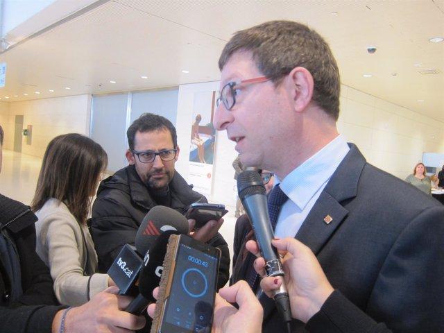 El conseller de Justicia, Carles Mundó, en declaraciones a los medios