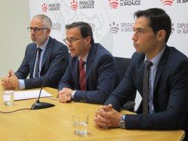 La Diputación de Badajoz quiere una provincia sin vestigios franquistas a finales de 2017