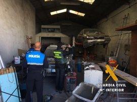 La Guardia Civil descubre un taller mecánico ilegal en Ciudad Rodrigo (Salamanca)