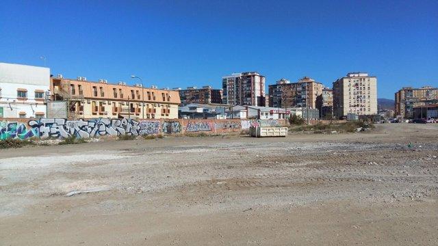 Terrenos de repsol málaga asentamiento limpieza desalojo okupas
