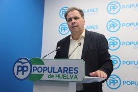 """El PP insiste en que Huelva debe volver a tener """"dos hospitales completos"""""""