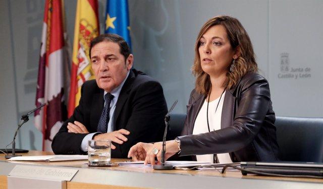 Marcos junto a Sáez Aguado en la rueda de prensa posterior al Consejo