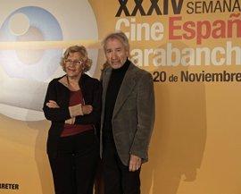 """Carmena sueña con """"hacer de Carabanchel un barrio de cine"""" de la mano de su XXXIV Semana del Cine Español"""