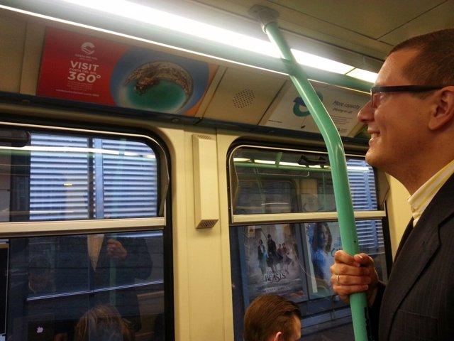 DLR londres campaña promoción costa del sol impresiones publicidad impactos