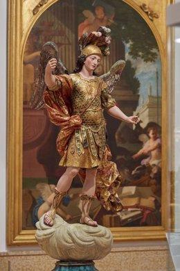 Estatua de San Miguel en el Museu Nacional de Arte Antiga, en Lisboa